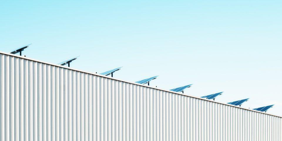 https://periscopiofiscalylegal.pwc.es/el-ciadi-dicta-un-laudo-en-materia-de-renovables-que-condena-al-reino-de-espana-a-pagar-182-millones/