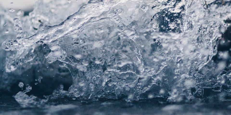 https://periscopiofiscalylegal.pwc.es/covid-19-el-abastecimiento-de-agua-de-consumo-humano-y-de-saneamiento-de-aguas-residuales/